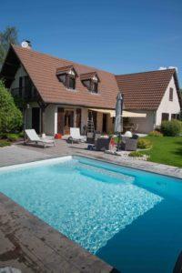 Terras aanleggen rondom uw zwembad? Relax! Wij regelen het voor u.